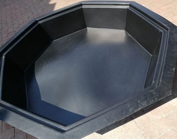 Plastic Pond Octagonal 1800mm